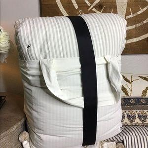 Hearth and hand yarn dye gray stripe comforter set